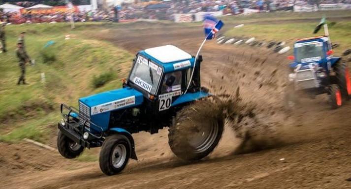 Бизон-Трек-Шоу  - самая экстремальная гонка в истории этих тракторных соревнований